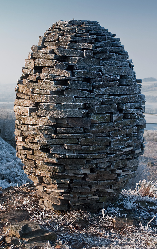 Richard_Shilling's_Clougha_Egg_Cairn_лэнд арт из камня.jpg